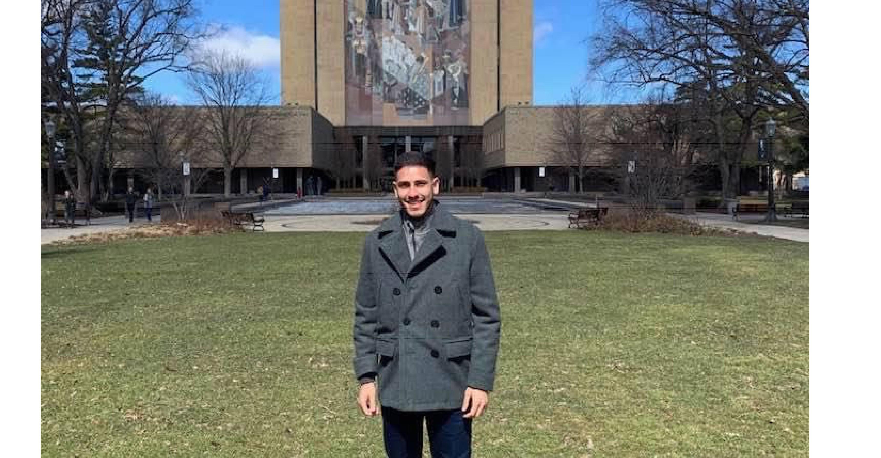 Becado Kinesis se prepara para iniciar su grado doctoral en la Universidad de Notre Dame
